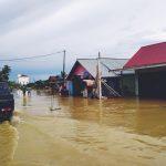 Jalur Trans Kaltim di Desa Tanah Periuk Tergenang Banjir